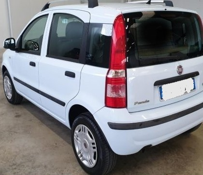 FIAT_Panda_12_Dynamic_Natural_Power2010_car_2